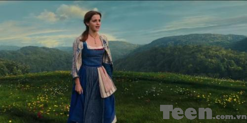 Emma Watson khoe giong cao vut trong 'Beauty and the Beast' hinh anh 1